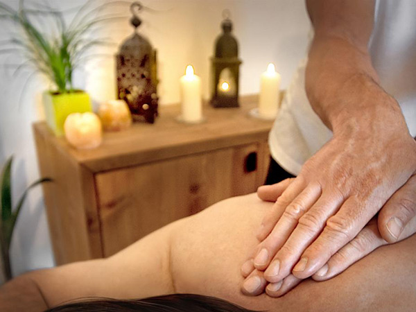 activite massage californien maine et loire d .