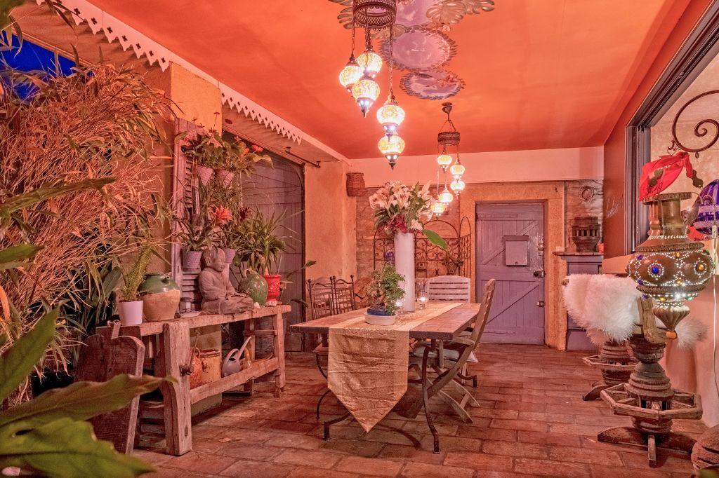 La Clé Secrète Romantic Guestroom With Spa Jacuzzi