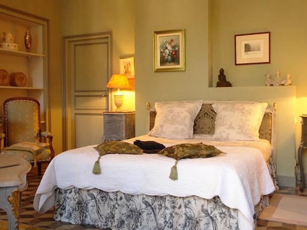 le chai de marguerite peyriac minervois guide chambre d 39 h tes gay. Black Bedroom Furniture Sets. Home Design Ideas