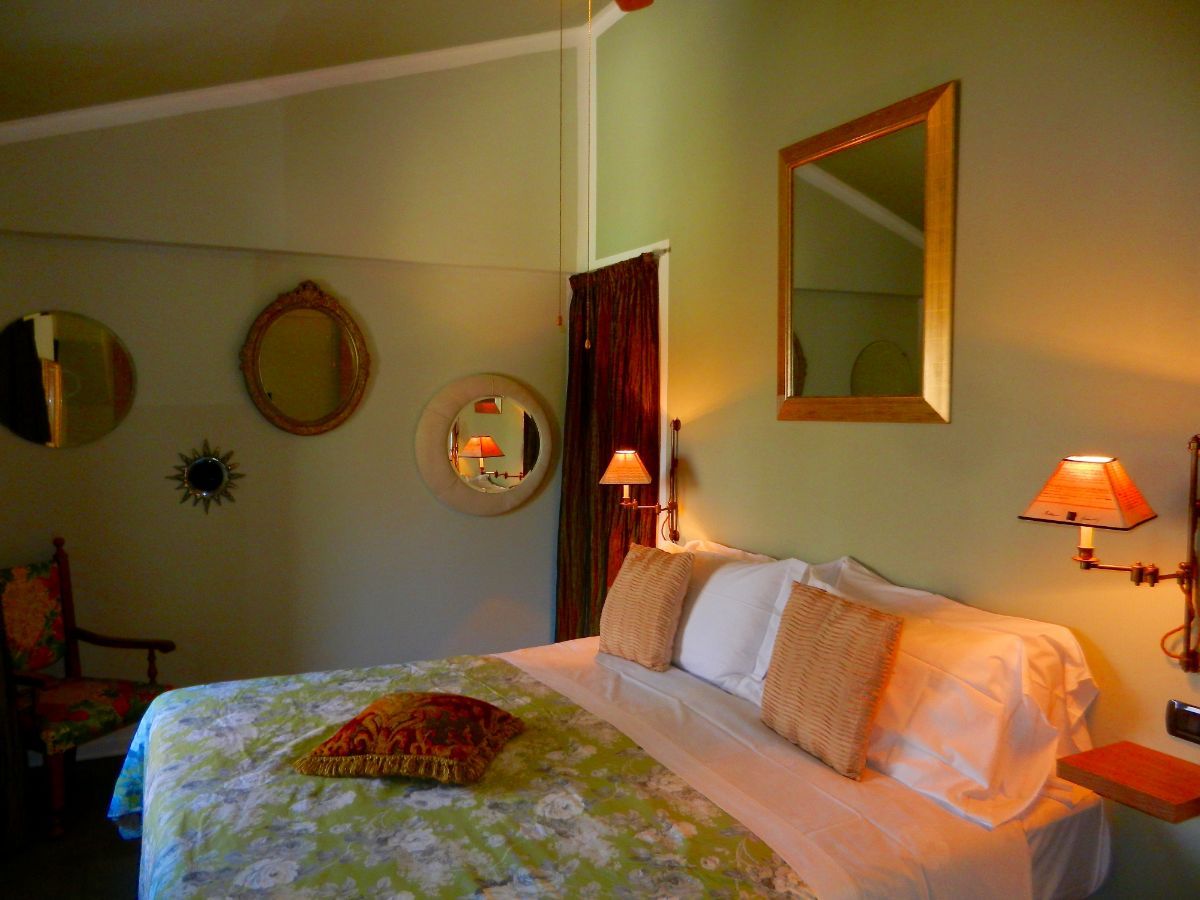 The Specchio Suite, Bellaugello Gay Guest House, Italy